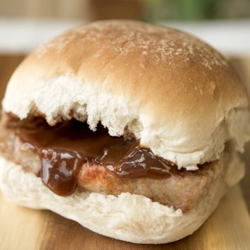 Roll with Lorne sausage and brown sauce